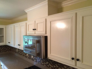 Kitchen Cabinet Refinishing & Restoration